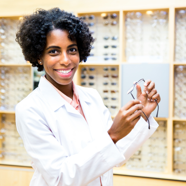 What Is An Optician Salary?